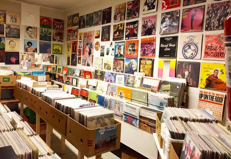 disque vinyle helsinki finland shop green grass